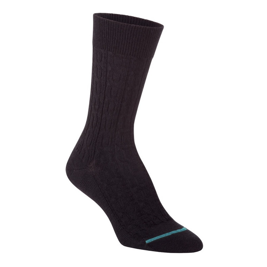 Fits Women's Cable Knit Crew Sock