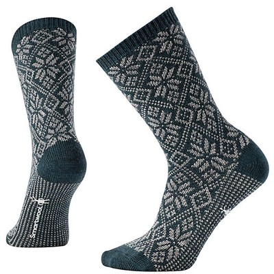 Women's Traditional Snowflake Socks