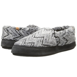Women's Acorn Moc Slippers