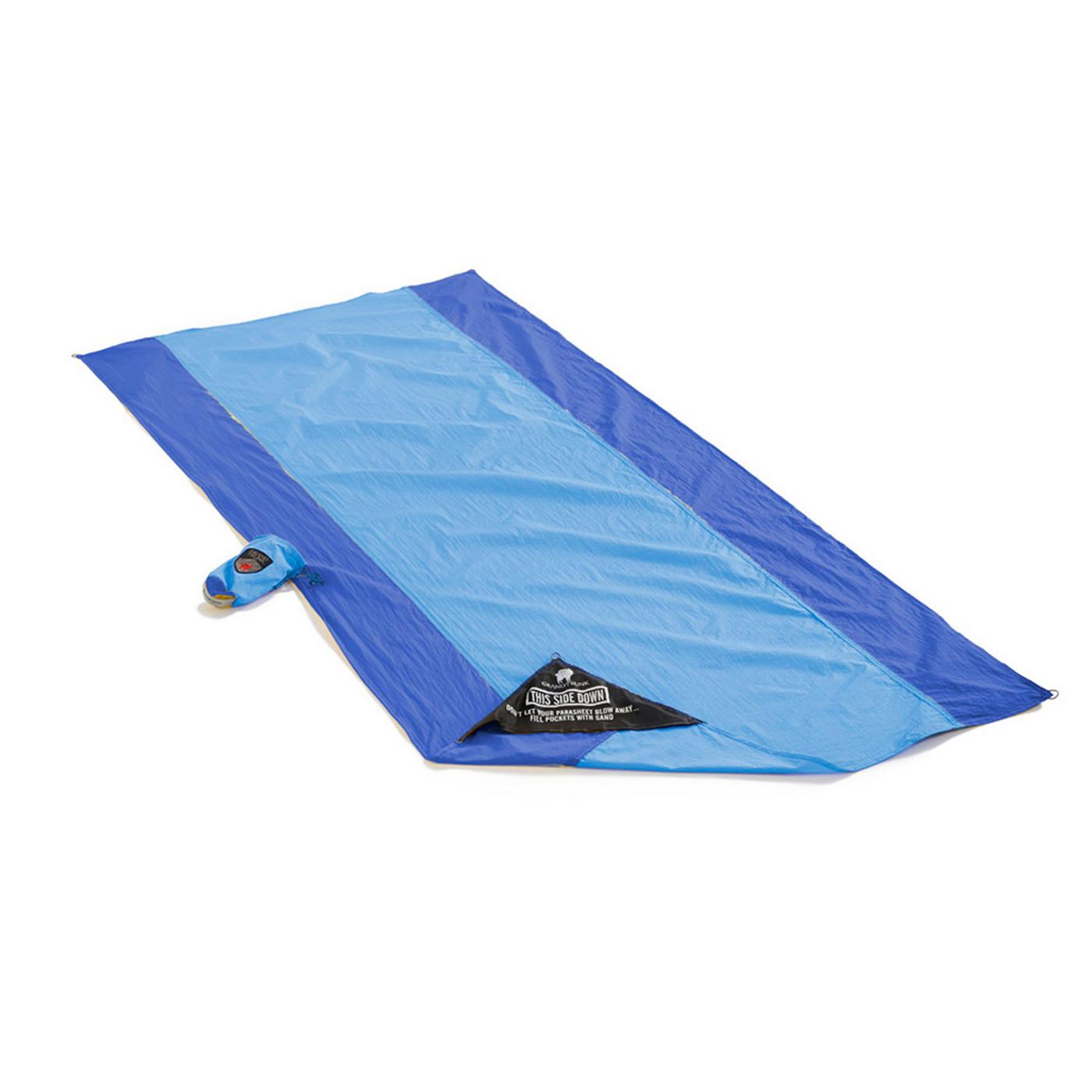 Beach Blanket No Sand: Grand Trunk Double Parasheet Beach Blanket