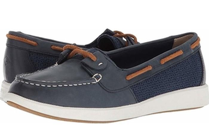 a2664239a Sperry Top Sider Women's Oasis Loft Boat Shoe